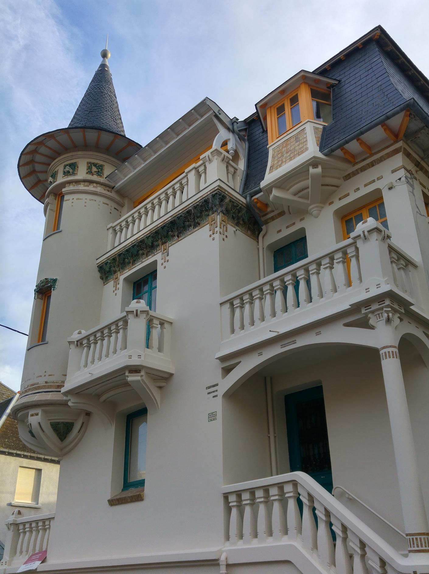 Façade villa Alexandre Le Troquet Paris Plage