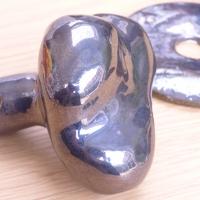 Bouton de porte métallisée